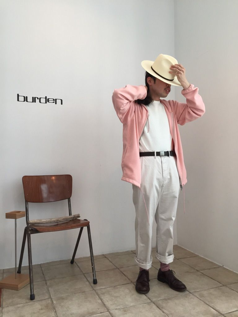 ピンクと半袖。の写真