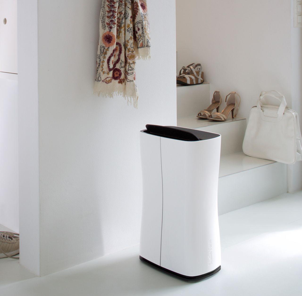 「乾かない洗濯物とはおさらば!北欧スイスで生まれたデザイン除湿器」の写真