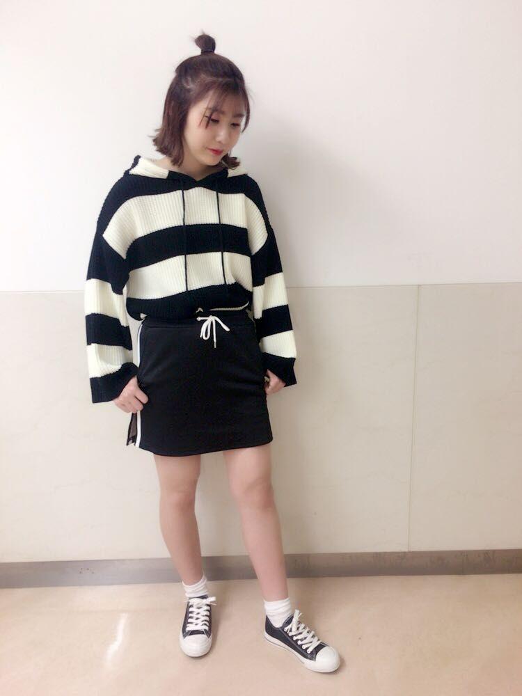 ほのか♡モノトーン✖ 韓国ファッション