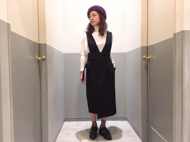 belt warp skirtの写真
