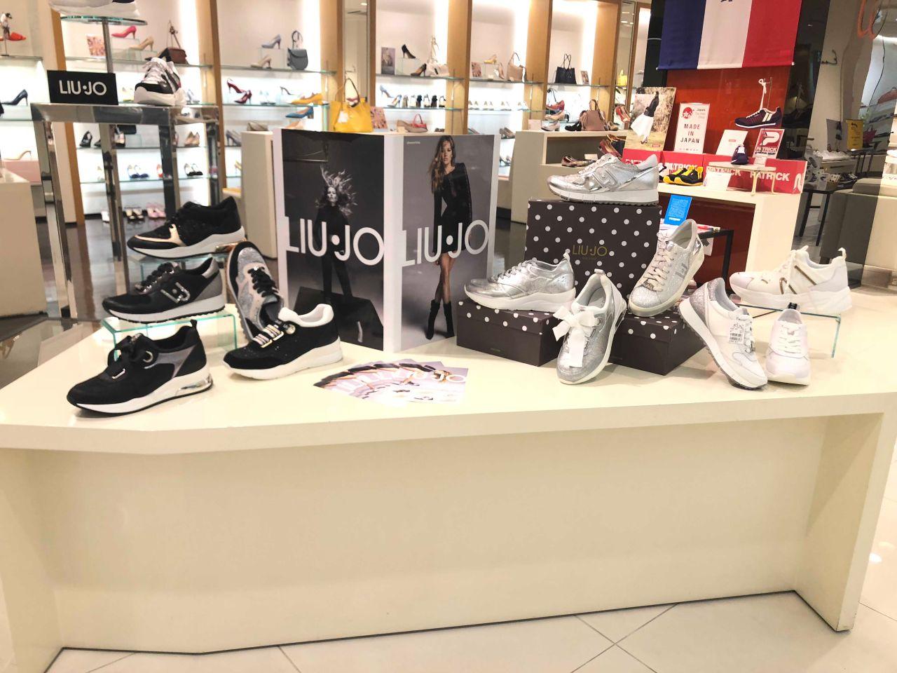 Paleto Reafirmar Anciano  LIU・JO(リュー・ジョー)スニーカーコレ... | GINZA WASHINGTON 銀座本店B1F | WASHINGTON |  銀座ワシントン靴店 公式ショップブログ