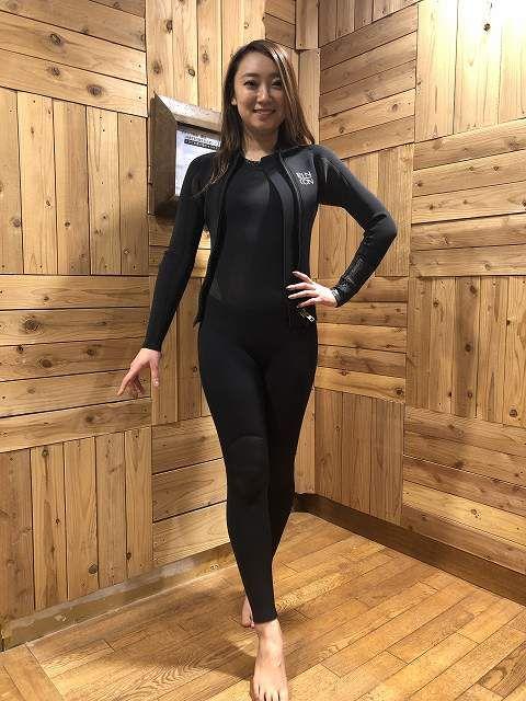 ロキシーのウェットスーツサーフィン用フルスーツ