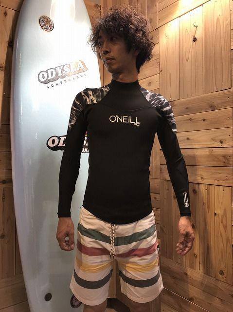 オニールのウェットスーツ長袖タッパー