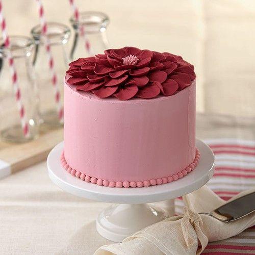 「母の日にお花いっぱいのケーキを。」の写真