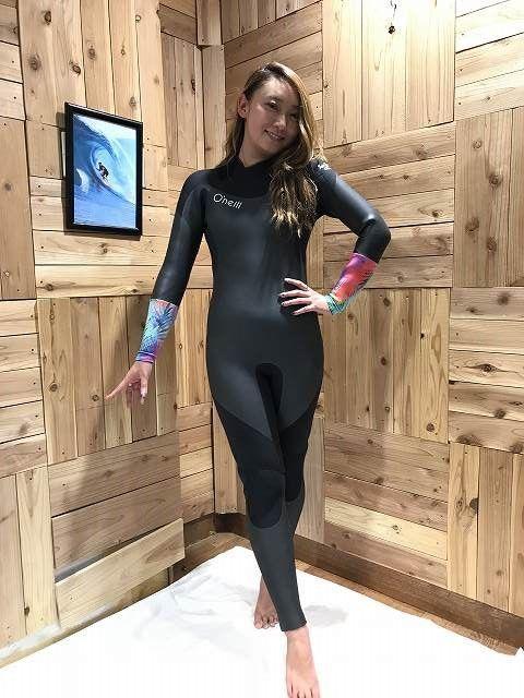 オニールのセミドライのサーフィン用ウェットスーツ