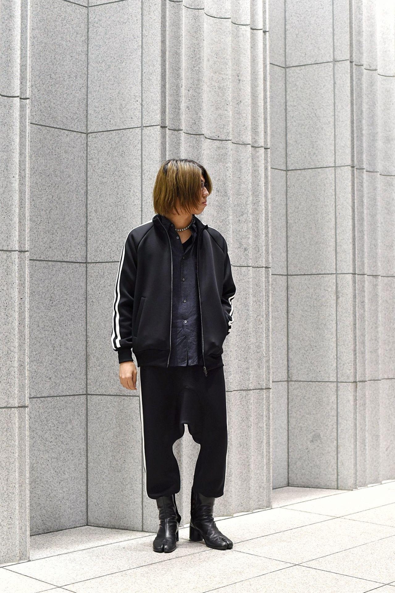FUMITO GANRYU / Ventilation track jacketの写真