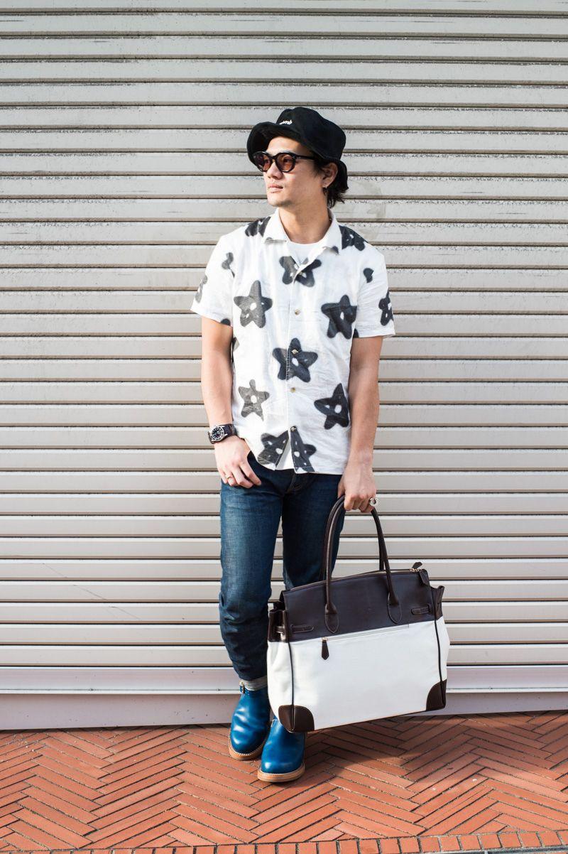 オープンカラーシャツの写真