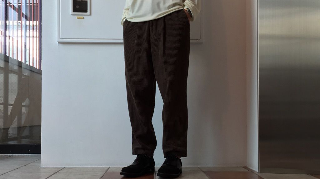 CORDUROY TROUSERS.の写真