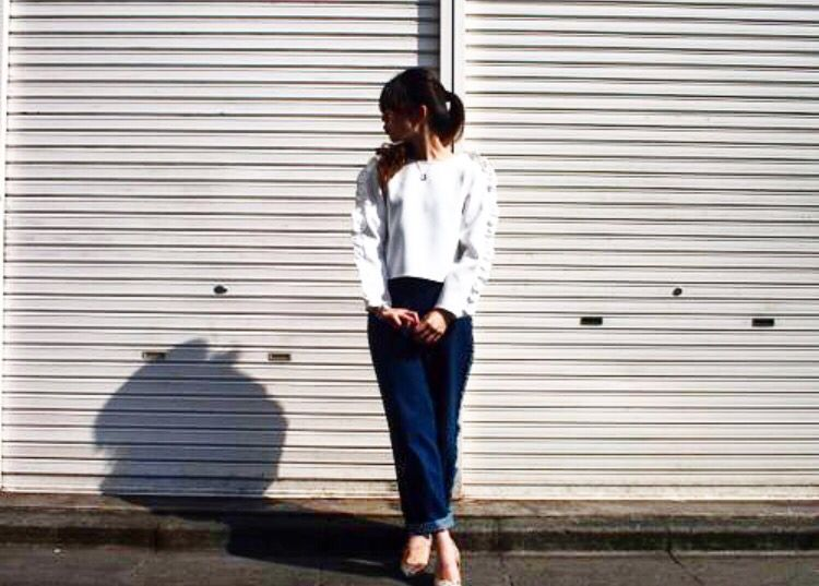 tops¥13500 bottom¥22680 shoes¥33480