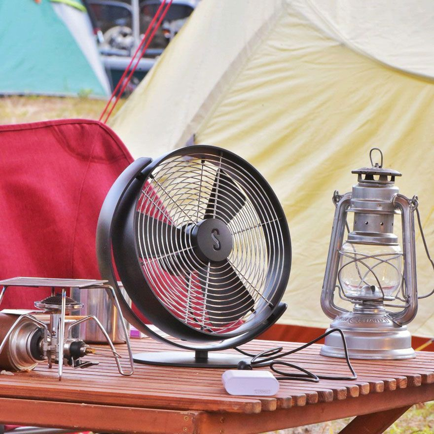 「アウトドアで使える本格的な卓上扇風機  スタドラ―フォーム「Tim」」の写真