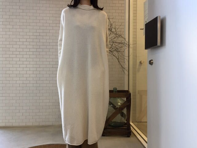 HOUSE OF LOTUSのHighneck One Peiceの写真