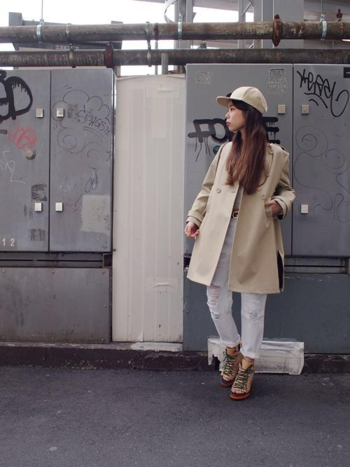 OUTER ¥42120 BOTTOM ¥12744 SHOES ¥30240 CAP ¥9936