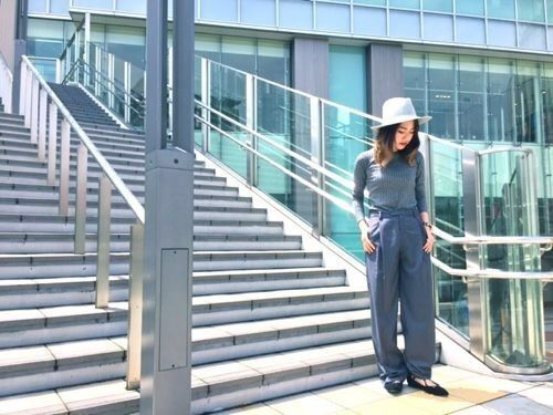 TOPS/LEONIAS ¥10.260-  PANTS/LEONIAS ¥19.440-  SHOES/jeffreycambell ¥23.760-  HAT/HAT&DREAMS ¥7.452-