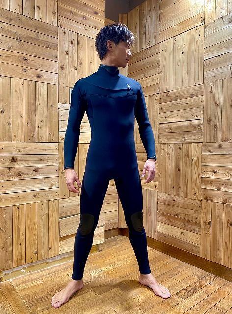 ハーレーのセミドライのサーフィン用ウェットスーツ