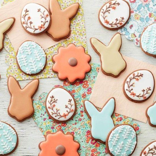 「イースターのアイシングクッキーを作ってみましょう♪」の写真