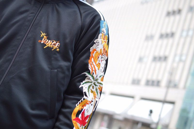 Wear in 『track』 jacketの写真
