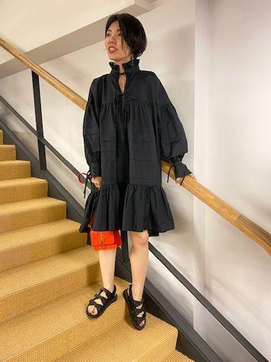 CECILIEとドレスの写真
