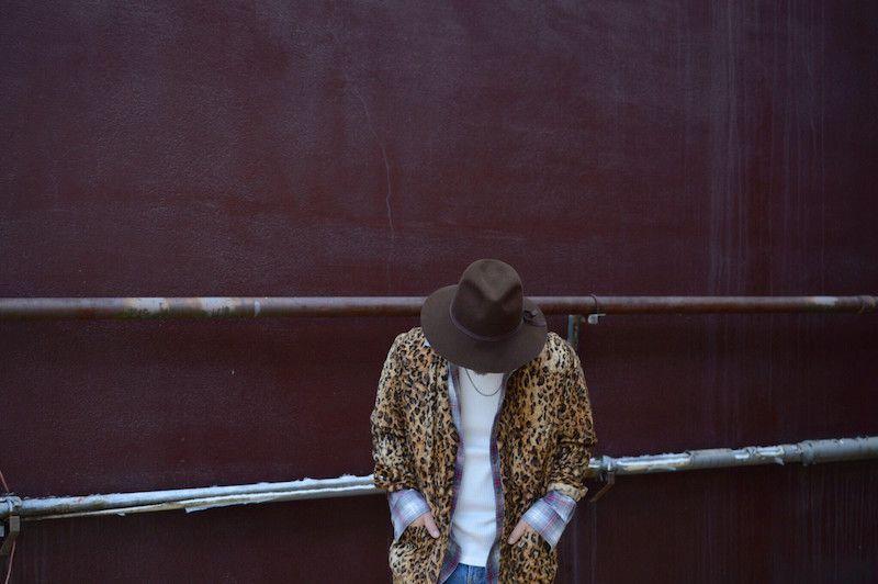 【 The Letters 】/ Western Gown Leopard Fur Shirt.の写真