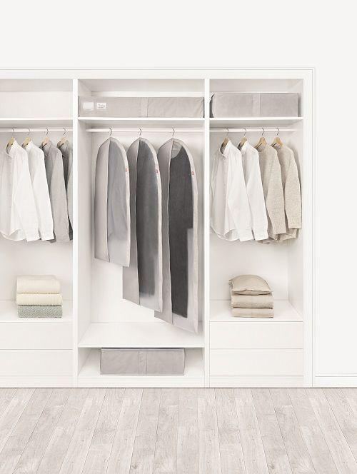 「★Rayenのクロージングカバー★ 衣類カバーで洋服を守る。クローゼットもすっきり!」の写真