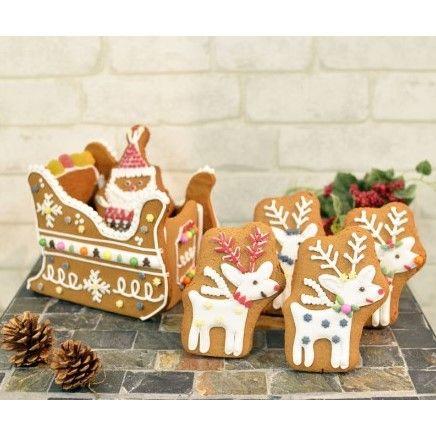 「【Create A Treat】今年もお菓子の家キットの販売を開始しました!!」の写真