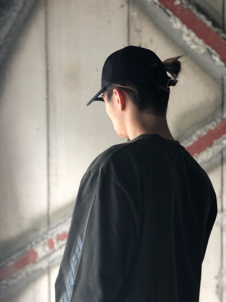 YEEZY × MINTCREWの写真